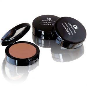 maquillaje con tratamiento antimanchas